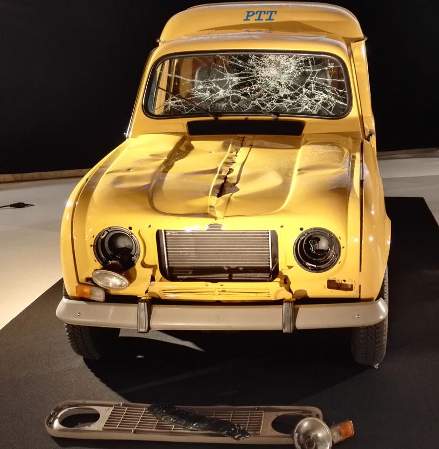 La voiture PTT (Les Visiteurs) - Hall 8