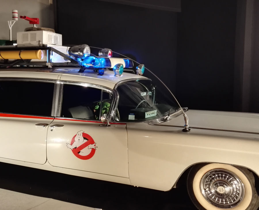 La voiture de SOS Fantômes - Hall 8